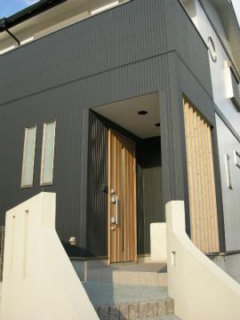 福岡市 新築住宅 玄関アプローチ
