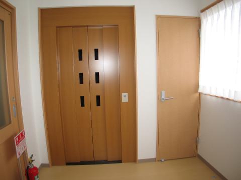福岡市 グループホーム エレベーター