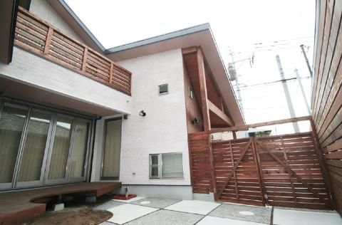 福岡市 新築住宅 中庭