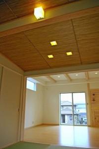 天井に竹を使ったおしゃれな和室。