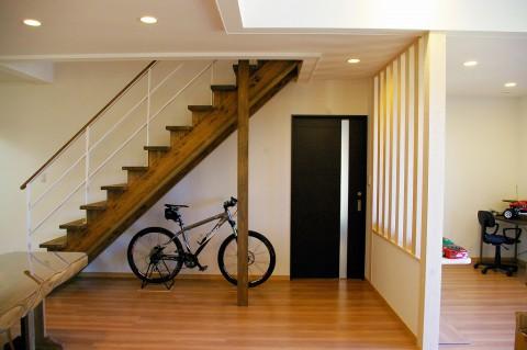 リビング階段3